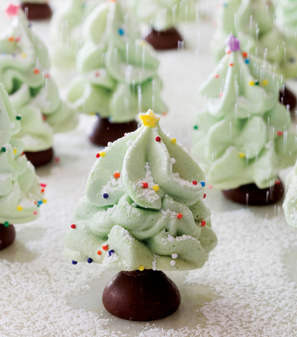 Christmas Tree Meringue.Meringue Christmas Trees Recipe Healthy Recipe